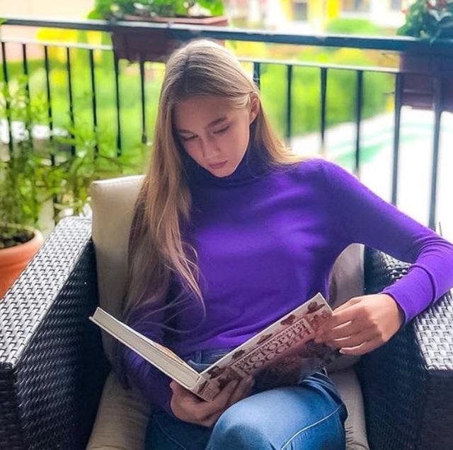 Xuất hiện bản sao xinh đẹp tuyệt trần của Maria Sharapova - 5