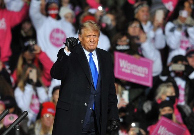Nhà Trắng công bố 603 thành tựu của ông Trump - 1