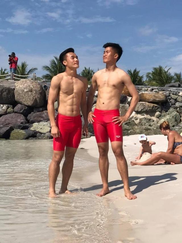 Tuyển tập body 6 múi của dàn cầu thủ Việt làm phái nữ xao xuyến - 6
