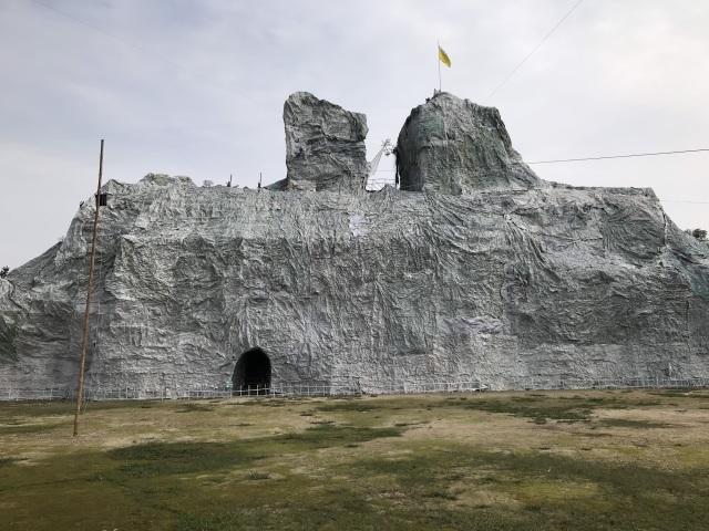 Ngắm hang đá Noel khủng ở Nghệ An được làm từ hàng nghìn cây tre - 9
