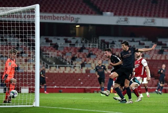 Những khoảnh khắc Man City vùi dập Arsenal tại Emirates - 15