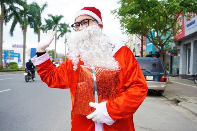 Ông già Noel nhàn hạ vì ế sô - 3