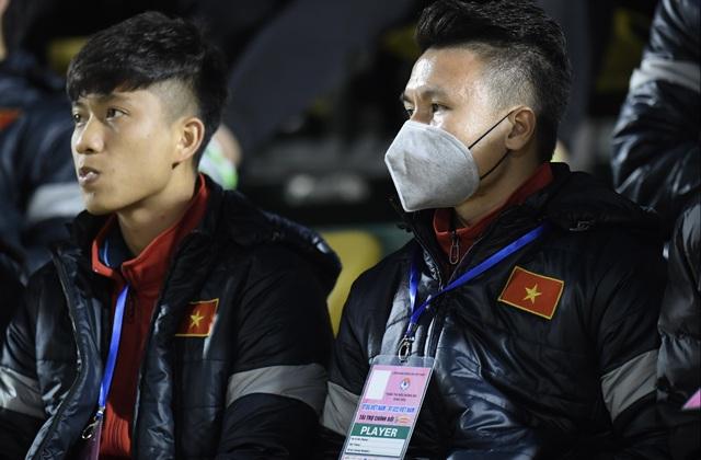 Tuyển Việt Nam 0-0 U22 Việt Nam (Hiệp 1): Văn Quyết ghi dấu ấn - 1