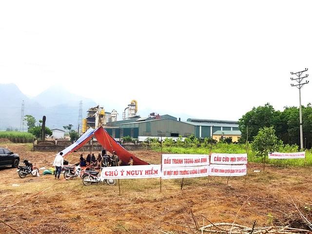 Vụ dân dựng lều canh nhà máy xả thải: Phó Chủ tịch tỉnh chỉ đạo làm rõ - 1