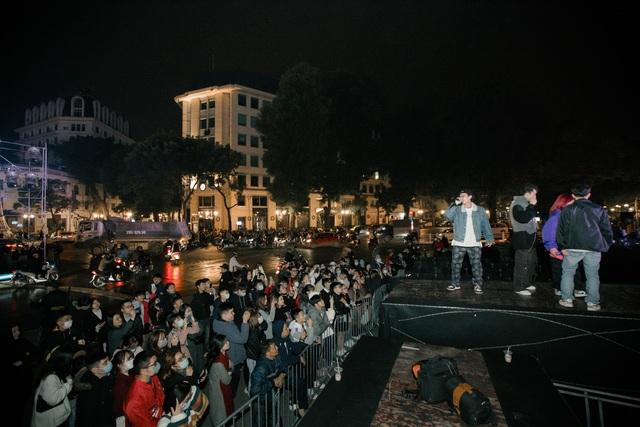 Nhà hát Lớn Hà Nội biến hình trong đêm Countdown Giáng sinh - 12