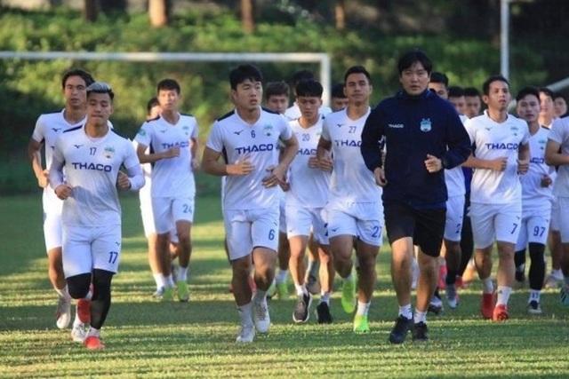 Báo Thái Lan: 5 trận mở màn V-League có ý nghĩa then chốt với Kiatisuk - 1