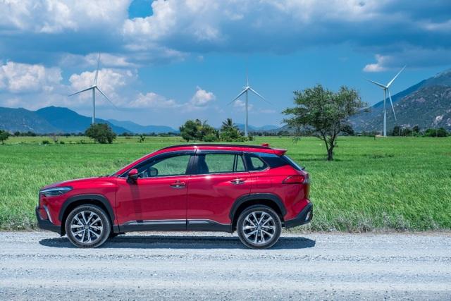 Corolla Cross bùng nổ doanh số trong tháng 11, là SUV bán chạy nhất của Toyota - 2