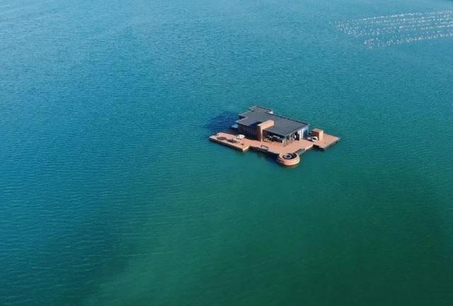 Đại gia chi tiền tỷ làm dinh thự nổi trên biển, trốn cuộc sống bận rộn - 6