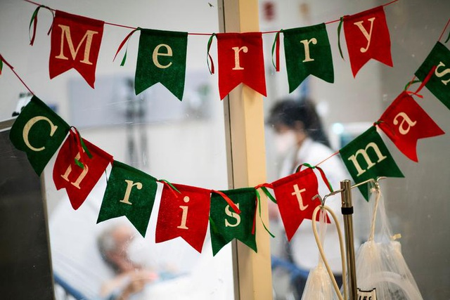 Thế giới đón Giáng Sinh trong bóng ma Covid-19 - 7