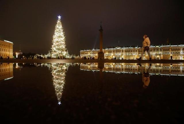 Thế giới đón Giáng Sinh trong bóng ma Covid-19 - 21