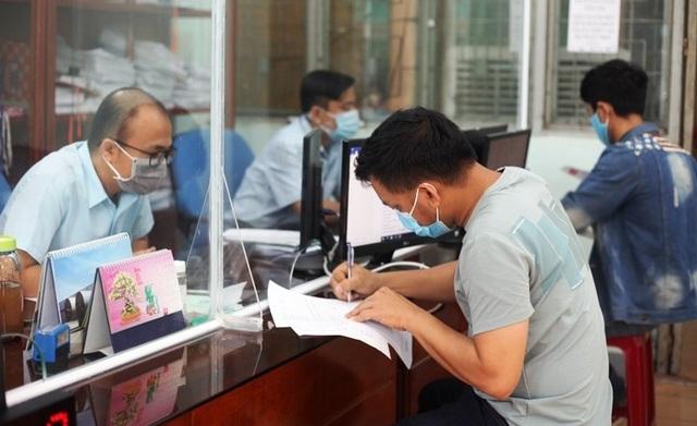 Quảng Ngãi: Thị trường lao động bắt đầu tan băng - 1