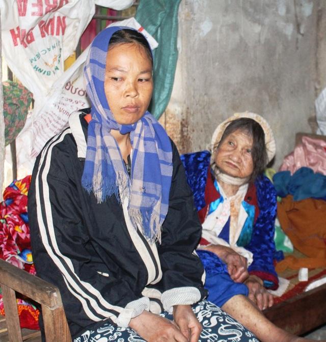Bạn đọc giúp đỡ cháu bé 10 tuổi cơ cực chăm mẹ tâm thần, cụ bại liệt - 3