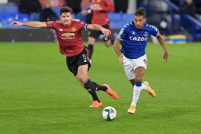 Everton 0-2 Man Utd: Những bàn thắng muộn của Cavani, Martial - 3