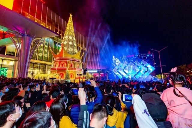 Lộ diện tâm điểm lễ hội tại thành phố biển hồ giữa lòng Hà Nội - 5