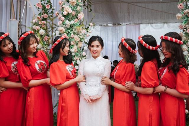 Hot girl dân tộc Tày diện áo cưới xinh lung linh, lên xe hoa về nhà chồng - 7