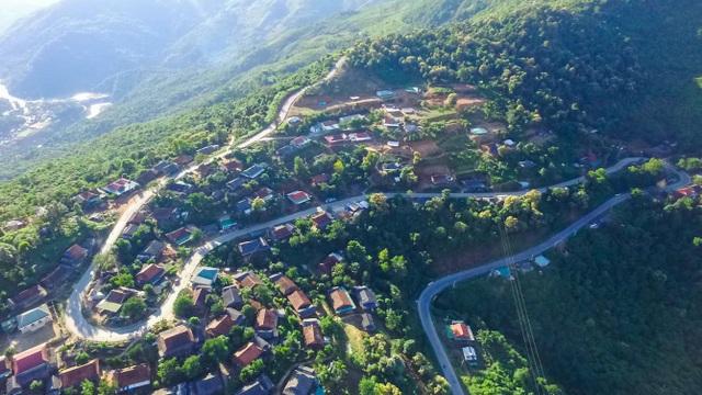 Bài 1: Chung tay xóa trũng nghèo miền Tây Nghệ An - 5