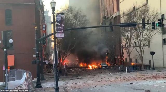 Vụ nổ kinh hoàng làm rung chuyển thành phố Mỹ - 4