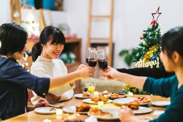 Lễ hội tình yêu ẩn trong dịp Giáng sinh tại xứ Phù Tang - 2