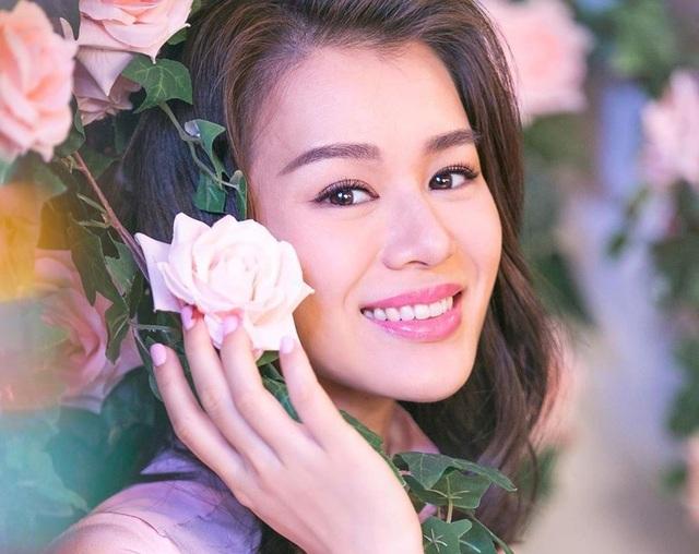 Hồ Hạnh Nhi thừa nhận mang thai lần 3 ở tuổi 41 - 1