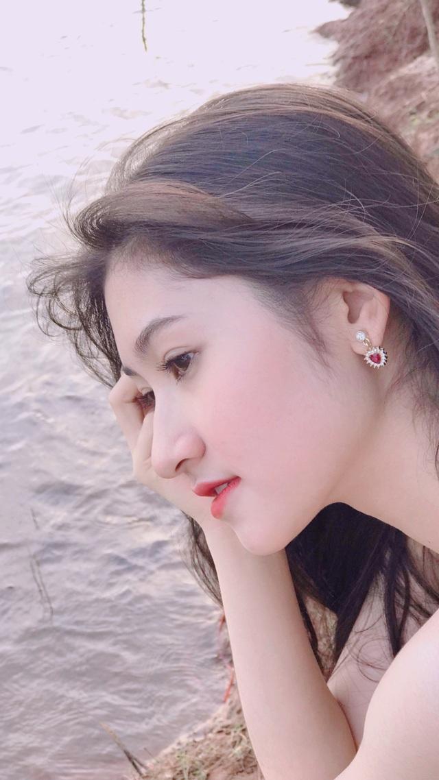 Nữ sinh ĐH Nha Trang đẹp tựa diễn viên Hoa ngữ - 12