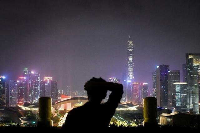 Trung Quốc tuýt còi các dự án nhà chọc trời - 1
