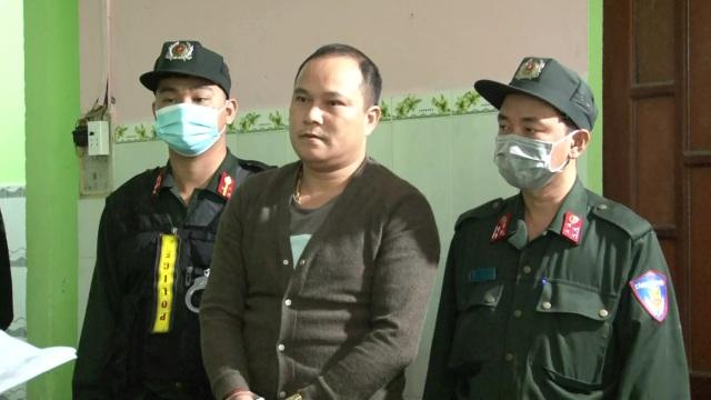 Phát hiện lô vũ khí tại nhà đối tượng đánh người thu gom rác - 1