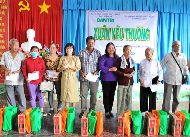 Mang Xuân yêu thương đến với gia đình chính sách còn khó khăn tại Cần Thơ - 3