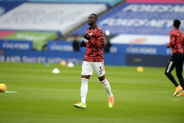 Hàng thủ lỏng lẻo, Man Utd tuột chiến thắng trước Leicester - 2