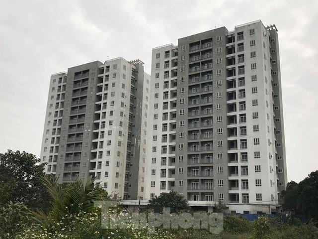 5 tòa chung cư tái định cư nằm trên đất vàng bị bỏ hoang ở Hà Nội - 1