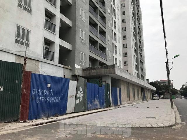 5 tòa chung cư tái định cư nằm trên đất vàng bị bỏ hoang ở Hà Nội - 2