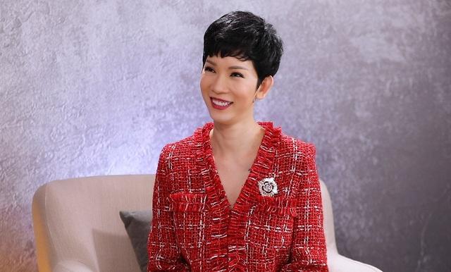 Lê Dương Bảo Lâm tự hào khi livetream lo cho cả gia đình - 4