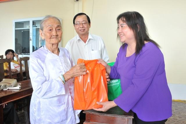 Mang Xuân yêu thương đến với gia đình chính sách còn khó khăn tại Cần Thơ - 5