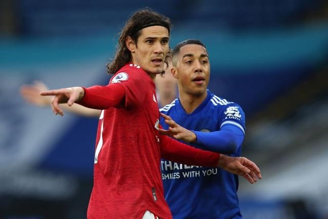 Hàng thủ lỏng lẻo, Man Utd tuột chiến thắng trước Leicester - 13