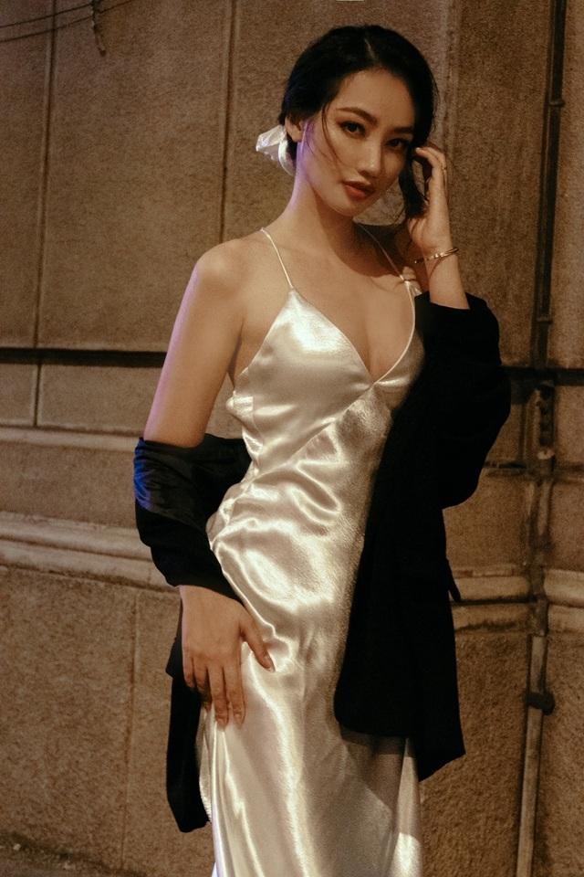 Ông xã Trương Tri Trúc Diễm không khó chịu khi vợ diện trang phục gợi cảm - 5