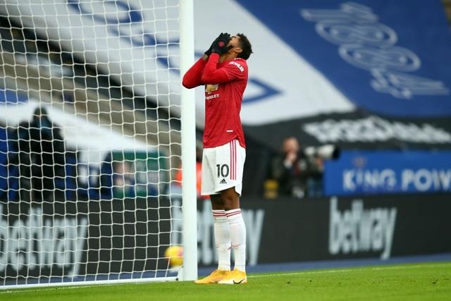 Leicester 2-2 Man Utd: Chia điểm trong thất vọng - 10