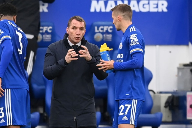 Hàng thủ lỏng lẻo, Man Utd tuột chiến thắng trước Leicester - 14