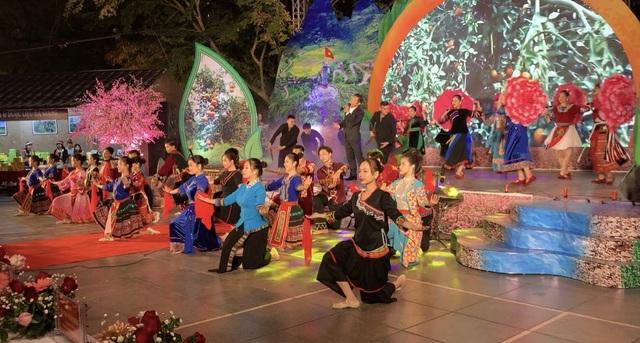 Hà Giang quảng bá văn hóa và sản vật cao nguyên đá giữa lòng Hà Nội - 3