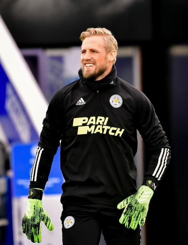 Leicester 2-2 Man Utd: Chia điểm trong thất vọng - 13