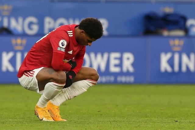 Hàng thủ lỏng lẻo, Man Utd tuột chiến thắng trước Leicester - 19