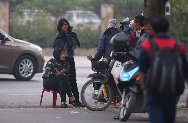Vé chợ đen xem đội tuyển Việt Nam tăng gấp 4 lần giá gốc - 2