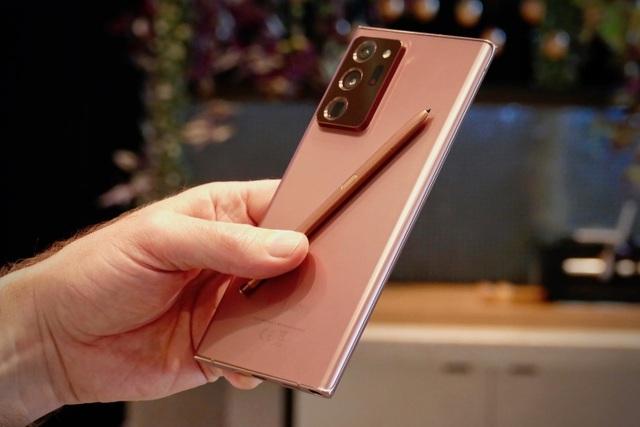 Shopping cuối tuần: iPhone 12 và loạt di động giảm giá mạnh - 2
