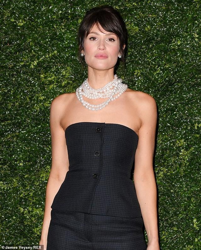 Gemma Arterton: Tôi nhận vai Bond Girl chỉ vì quá nghèo - 3