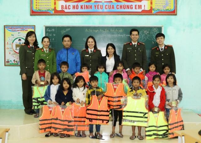 Nâng cao kỹ năng phòng chống bạo lực, xâm hại cho 4.000 trẻ em - 3