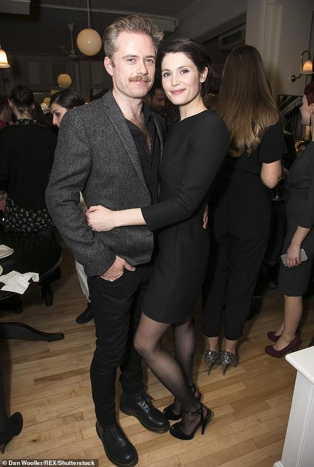 Gemma Arterton: Tôi nhận vai Bond Girl chỉ vì quá nghèo - 4