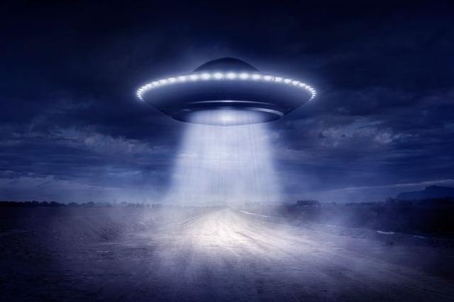 Chuyên gia NASA nói về chìa khóa giúp con người thống trị thiên hà - 1