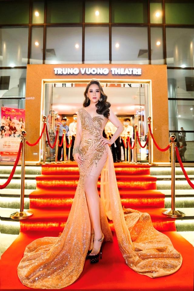 Hoa hậu Hoàng Thị Thảo Nguyên khoe sắc tại CK Hoa hậu Doanh nhân Việt Nam Toàn cầu 2020 - 2