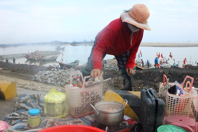 Hà Tĩnh: Mùa cá cháo bãi ngang những ngày cuối năm 2020 - 14