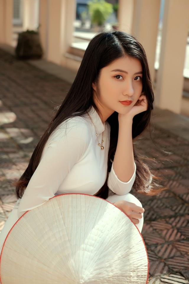 Nét duyên thầm gieo thương nhớ của thiếu nữ Ninh Bình trong tà áo dài - 1