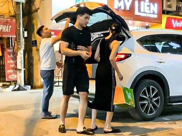 Những sao nữ Việt vướng tin đồn hẹn hò tình trẻ - 3