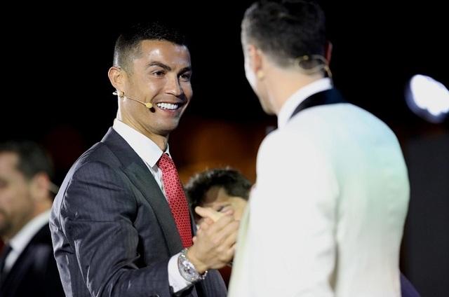 C.Ronaldo: Tôi nhớ những tiếng la ó, chửi rủa làm sao! - 2